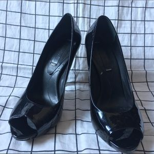 BCBG MaxAzira patent leather heels